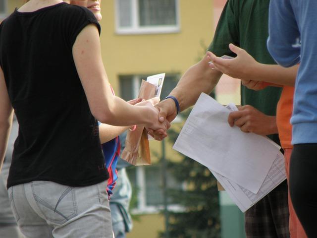 perkenalan diri dalam bahasa inggris untuk mahasiswa